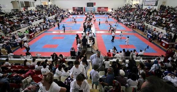 Karate Ligi Turnuvası Başladı