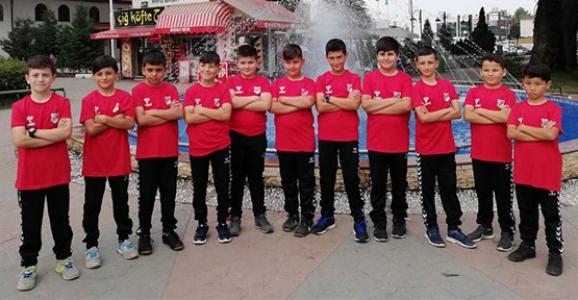 1954 Hendekspor Minik Hentbol Takımı Türkiye Şampiyonasında