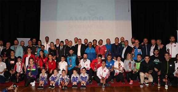 1954 Hendekspor'a 3 Ödül