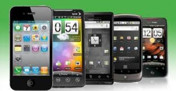 AKILLI TELEFONLAR SOSYAL MEDYA İÇİN TERCİH EDİLİYOR