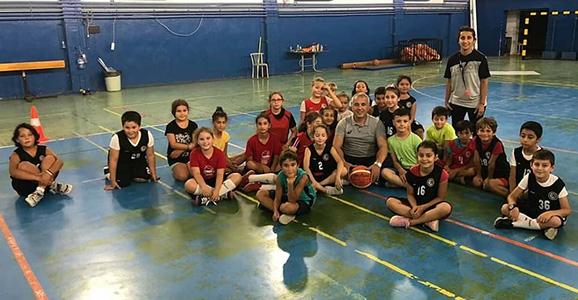 Babaoğlu Miniklerle Basketbol Oynadı