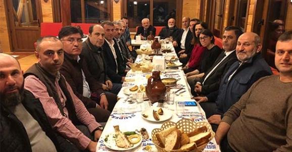 Başkan Püsküllü'den Meclis Üyelerine Veda Yemeği