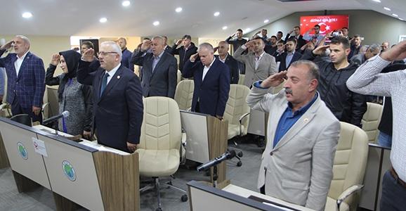 Belediye Meclisinden Mehmetçik'e Selam
