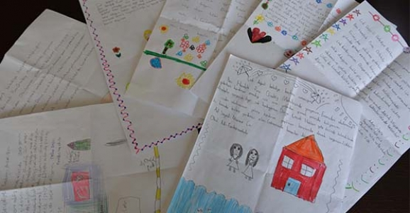 Çocuklardan Mektup Var
