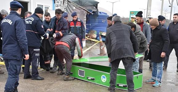 Hendek'te Facia 1 Ölü 3 Yaralı
