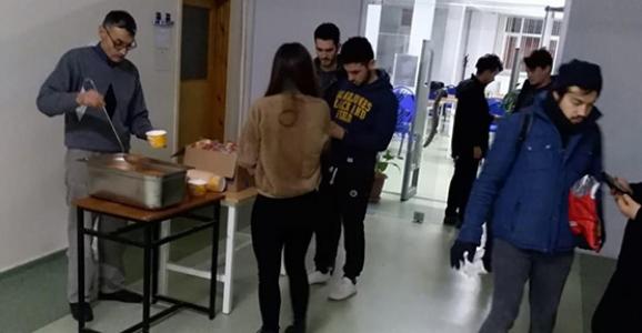 Finallere Hazırlanan Öğrencilere Çorba İkramı