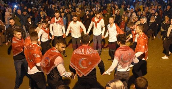 Genç Karadenizliler Derneğinden Moral Gecesi
