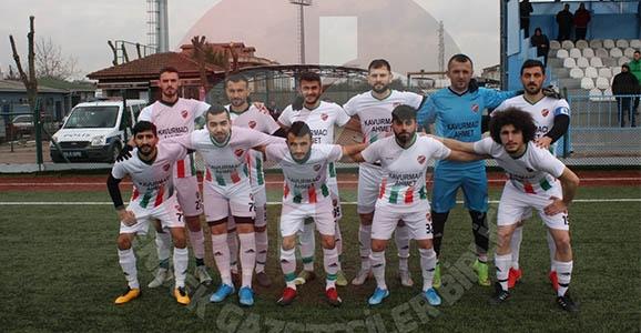 Hendek Dereköyspor Demirspor'u 2 Golle Geçti
