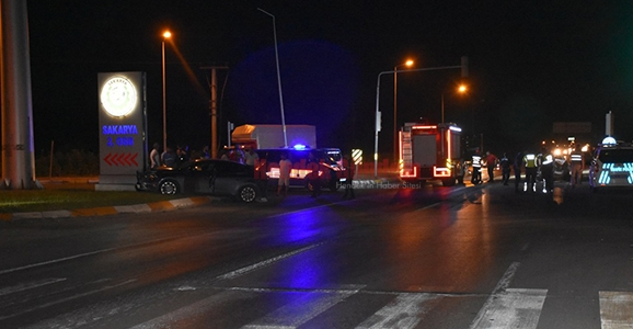 Hendek 2. OSB'de Kaza 4 Yaralı