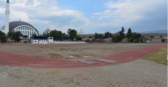 Hendek Atatürk Stadı Yenileniyor