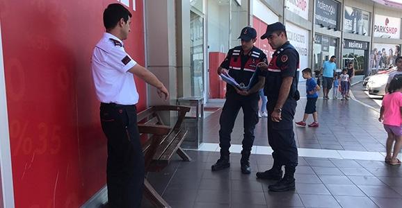 Hendek Jandarması Kayıp Cüzdanı Sınırda Buldu