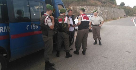 HENDEK JANDARMASI PKK'YA GEÇİT VERMEDİ
