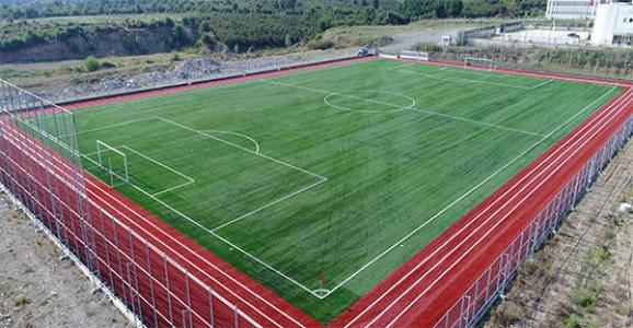 HENDEK'E FIFA STANDARTLARINDA FUTBOL SAHASI