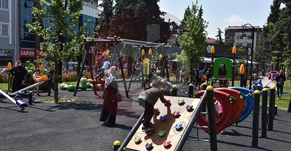 Hendek'te Cadde ve Sokaklarda Çocuk Sesleri