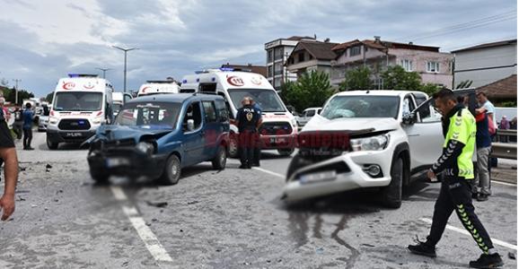 Hendek'te Kaza 6 Yaralı