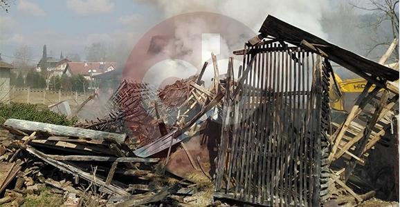 Hendek'te Samanlık Yangını