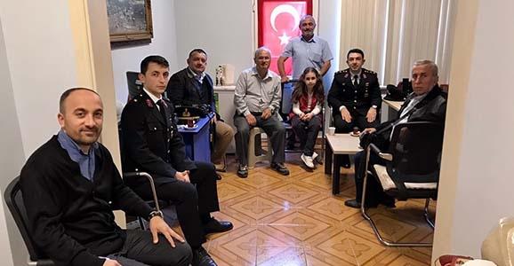 Jandarma'dan Gazetecilere İade-i Ziyaret