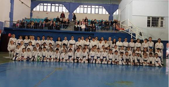 Karateciler Bir Üst Kuşağa Terfi Etti