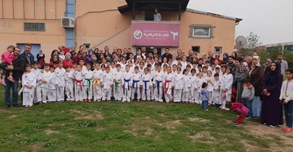 Karatecileri İçin Diploma Töreni