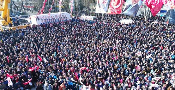 On Binlerce Hendekli'den Başkan Turgut Tezahüratı