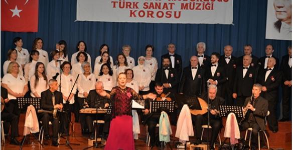 Türk Sanat Müziği Gecesi Coşturdu