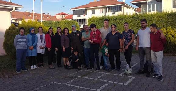 Yeşilyurt Beldespor'dan Otizmli Çocuklara Hediye Forma