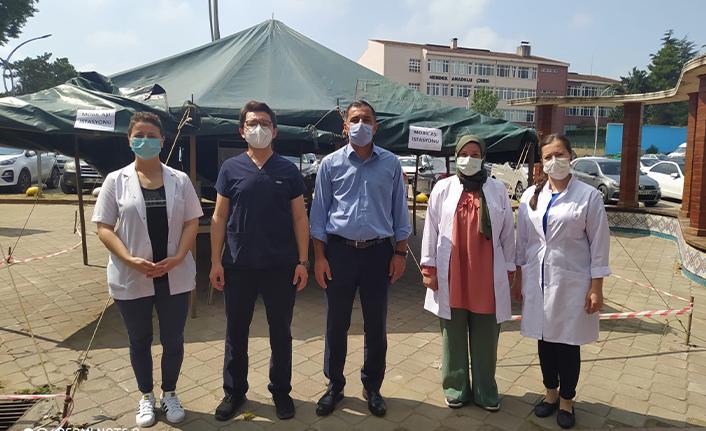 Hendek'te Aşı Çadırı Kuruldu