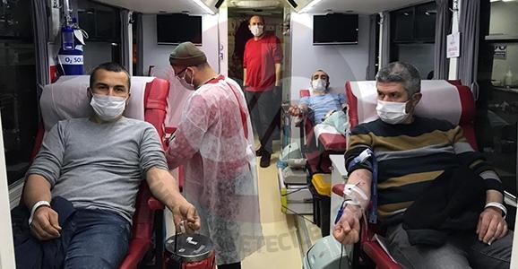 İftarını Açan Kan Vermeye Koştu