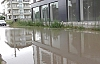 10 Dakika Yağmur Yağdı Sokaklar Göle Döndü