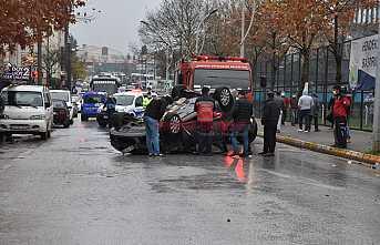 Takla Atan Araçta 1 Kişi Yaralandı