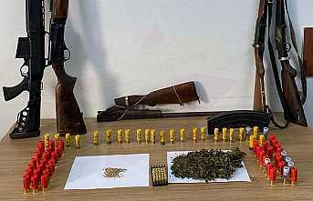 Hendek Jandarması Uyuşturucuya Geçit Vermedi