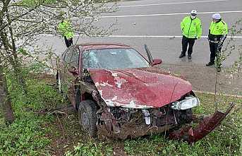 Hendek'te Kaza 3 Yaralı