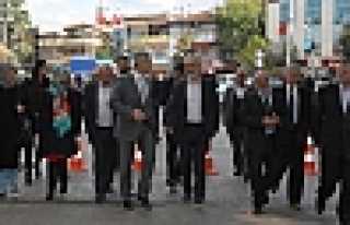 MHP MİLLETVEKİLİ AÇBA'DAN HENDEK'TE ESNAF...