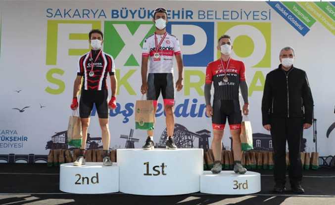 Hendekli Bisikletçilerden 2 Birincilik 1 Beşincilik