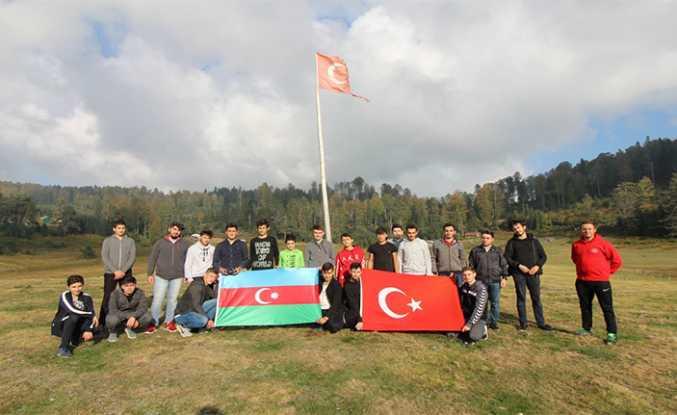 Sakaryalı Gençler Azerbaycan'ın Yanında