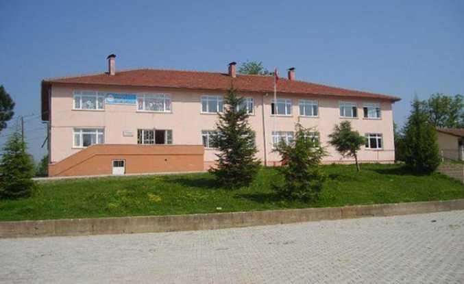 Hendek'te Yıkılan Okulun Yeni Binası İçin İhale Zamanı